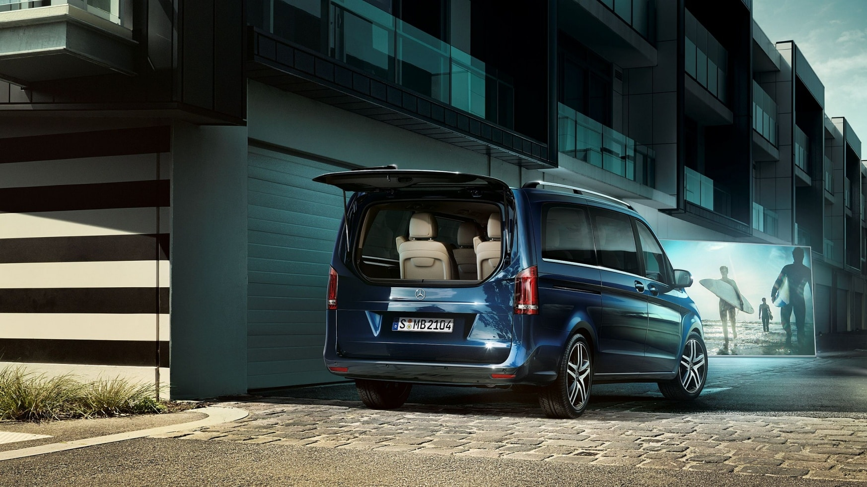 V-Class, Highlights, Features, Storage, Impressive cargo capacity